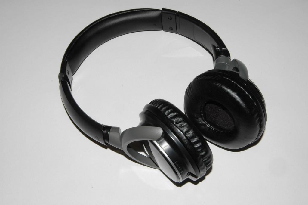 SD&C Tinnitus-Kopfhörer für die Alterssimulation